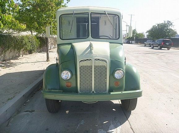 C0817 - Cinema Vehicles